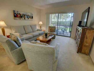 Sarasota's golfing, shops and beaches in a comfortable condo - Sarasota vacation rentals