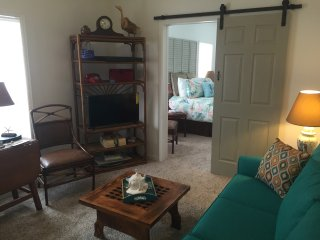 Morgan Quarters in the Heart of Downtown Apalach! - Apalachicola vacation rentals