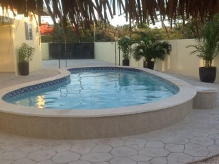 Cas di Soño Sol - Eagle Beach Only 1/2 Mile Away! - Noord vacation rentals