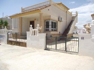 Nice Villa with Washing Machine and Television - San Fulgencio vacation rentals