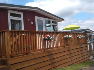 Nice 2 bedroom Shaldon Chalet with Water Views - Shaldon vacation rentals