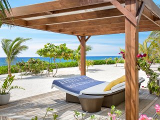 Le Soleil d'Or Luxury Beach House (Sleeps 6-8) - Cayman Brac vacation rentals