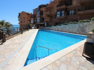Nice 4 bedroom Alicante House with Shared Outdoor Pool - Alicante vacation rentals
