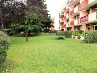 2 bedroom Condo with Internet Access in Corbeil-Essonnes - Corbeil-Essonnes vacation rentals