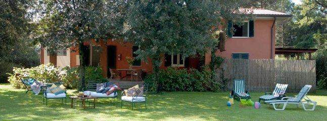 1 bedroom Villa in Ronchi, Massa, Italy : ref 2259050 - Image 1 - Ronchi - rentals
