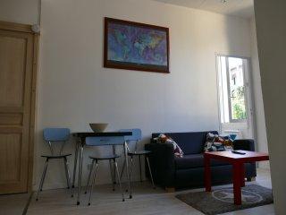 Appartement T3 au coeur d'un quartier animé - Marseille vacation rentals
