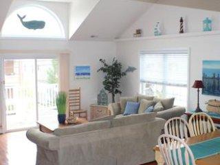Bright 5 bedroom Townhouse in Wildwood - Wildwood vacation rentals