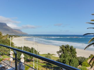 Perfect Condo with Internet Access and Balcony - Camps Bay vacation rentals