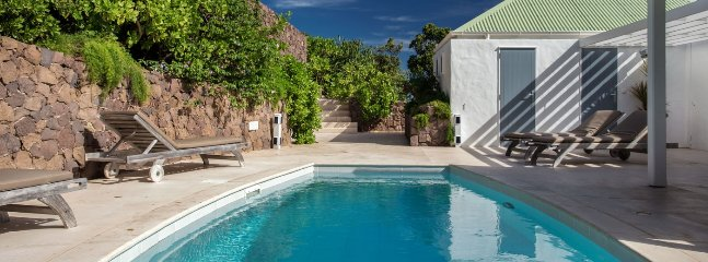 Villa Caramba 2 Bedroom SPECIAL OFFER Villa Caramba 2 Bedroom SPECIAL OFFER - Pointe Milou vacation rentals