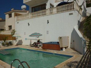 Athena 3 bed own Pool and Jacuzzi Panoramic views - Peyia vacation rentals