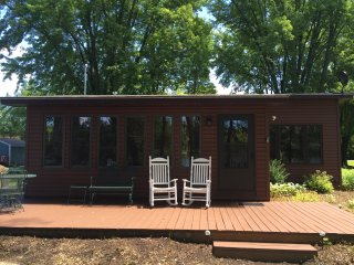 Wolf River Fremont w Private Dock & 180' Frontage - Fremont vacation rentals