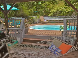 Affordable Coral Bay rental with Pool for couples or Families - Coral Bay vacation rentals