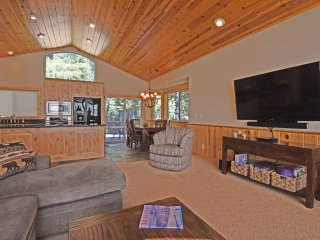 Perfect House with Deck and Internet Access - Tahoma vacation rentals