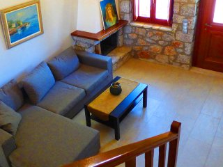 3 bedroom Villa with Fireplace in Paralio Astros - Paralio Astros vacation rentals