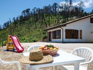AL044 Villa 8 posti  Riserva Monte Bonifato - Alcamo vacation rentals