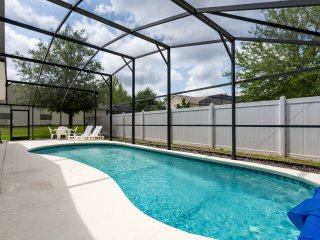 Lirasan Villa - 4 bdrm/3 bath w/pool near Disney - Clermont vacation rentals