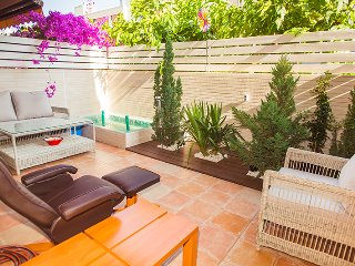 Cozy apartment in quiet area Fenals - Lloret de Mar vacation rentals