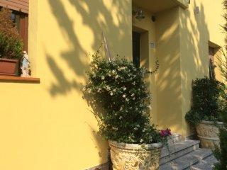 Dimora del Viaggiatore - Apt. 5 pax - Verona vacation rentals