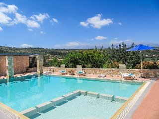 Wonderful 4 bedroom Villa in Gavalohori - Gavalohori vacation rentals
