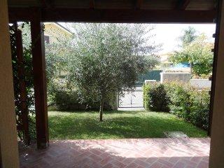 villa al mare - Pizzo vacation rentals