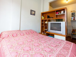 furnished studio apto located 1block away from t - Rio de Janeiro vacation rentals