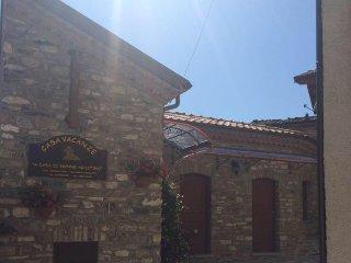 Casa Vacanze A Casa di Nonno Agostino - San Severino Lucano vacation rentals