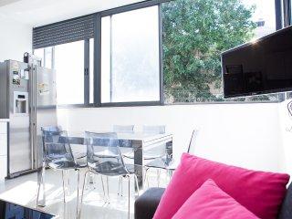 JEAN JAURES - Tel Aviv vacation rentals