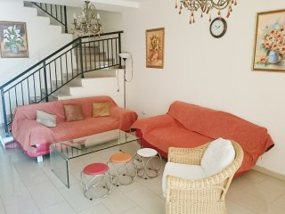 Elegant 2-bedroom townhouse sea view with Wi-Fi - Paphos vacation rentals