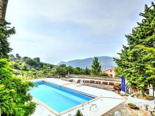 4 bedroom House with Deck in Perdifumo - Perdifumo vacation rentals
