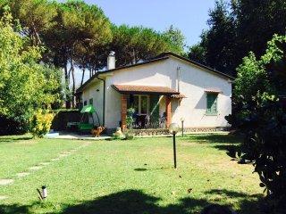 Casa semi indip. a pochi minuti da Forte dei marmi - Forte Dei Marmi vacation rentals