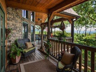 3 bedroom Cabin with Deck in Ellijay - Ellijay vacation rentals