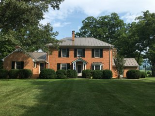 Large Keswick Farm House close to Vineyards - Charlottesville vacation rentals