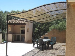 Nice Villa with Internet Access and Balcony - Rognes vacation rentals