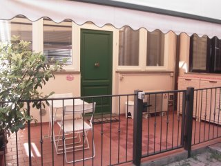Fra's Pink House - Florence vacation rentals