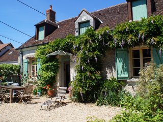 Cottage for 4/5 in quiet location nr Chenonceau - Saint-Georges-sur-Cher vacation rentals
