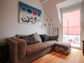 ROYAL:: Close to Ondarreta beach - San Sebastian - Donostia vacation rentals
