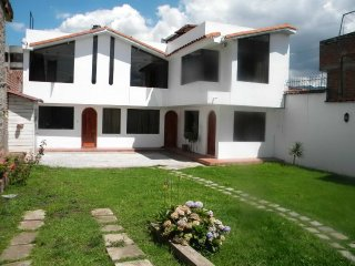 Bright 4 bedroom Cusco House with Parking Space - Cusco vacation rentals