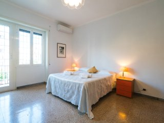 King of Rome:  CITY CENTER. 90 sqm apartment. WIFI-METRO - Rome vacation rentals