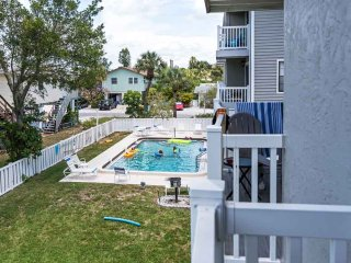 Beautiful 2 bedroom Condo in Holmes Beach - Holmes Beach vacation rentals