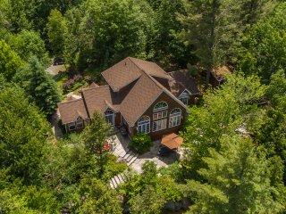 Beautiful Lake of Bays Cottage - Huntsville vacation rentals