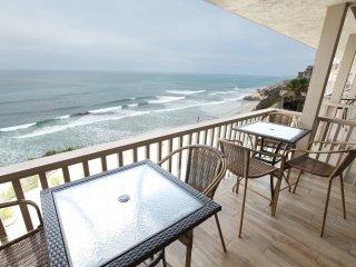 Ocean Front Top Floor 2 Bedroom Luxurious Condo - Solana Beach vacation rentals