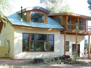 Beautful Passive Solar, Strawbale Home on 3.5 acea - Crestone vacation rentals