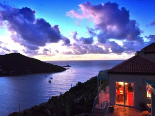 4 bedroom Villa with A/C in Rendezvous Bay - Rendezvous Bay vacation rentals