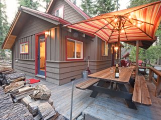 2 bedroom House with Internet Access in Tahoma - Tahoma vacation rentals