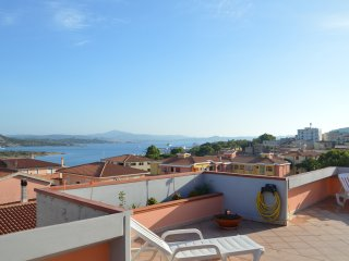 1 bedroom Penthouse with Television in La Maddalena - La Maddalena vacation rentals