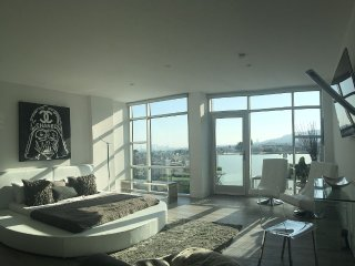 Sweeping Views Penthouse w/ movie theater & bar - West Hollywood vacation rentals