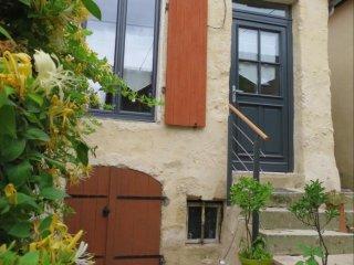Maison classée 4* : Terrasse au soleil. A Mamers, entre Perche & Alpes mancelles - Mamers vacation rentals