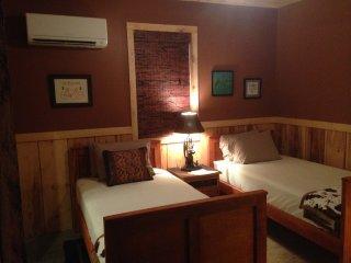 Romantic 1 bedroom Vacation Rental in Penrose - Penrose vacation rentals
