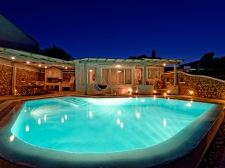 5***** Rated Traditional Villa With Breathtaking Infinite Sea View! - Mykonos Town vacation rentals