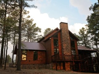 3 bedroom Cabin with Central Heating in Broken Bow - Broken Bow vacation rentals